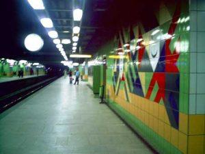Anden estacion Metro Opera en El cairo